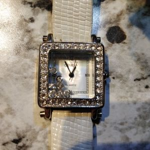 Women's Geneva Quartz Watch